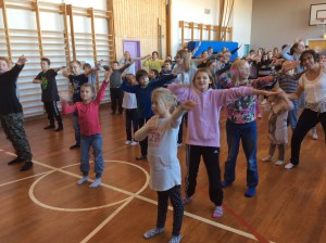 Dans i gymsalen